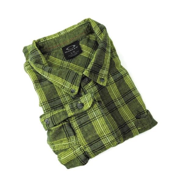 Oakley Other - Oakley green plaid check men's shirt
